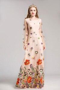 Image 4 - 新着 2020 女性の O ネック長袖高級刺繍エレガントなマキシウエディング滑走路ドレス