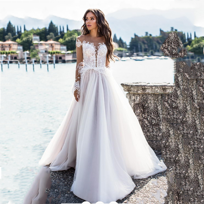 A Line Wedding Dress Long Sleeves 2019 Beach Bride Dress With Feather Elegant Garden Country Lace Appliques Wedding Gowns