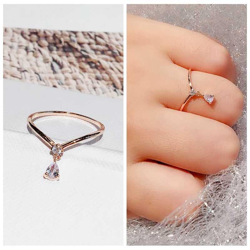 Haute qualité Style coréen petite goutte d'eau pendentif bague couleur or Rose cubique Zircon anneau femmes bijoux