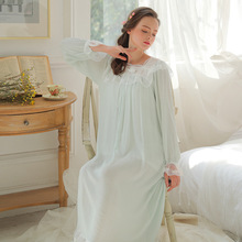 Spring and Summer New Princess Lace Long Sleeve Nig