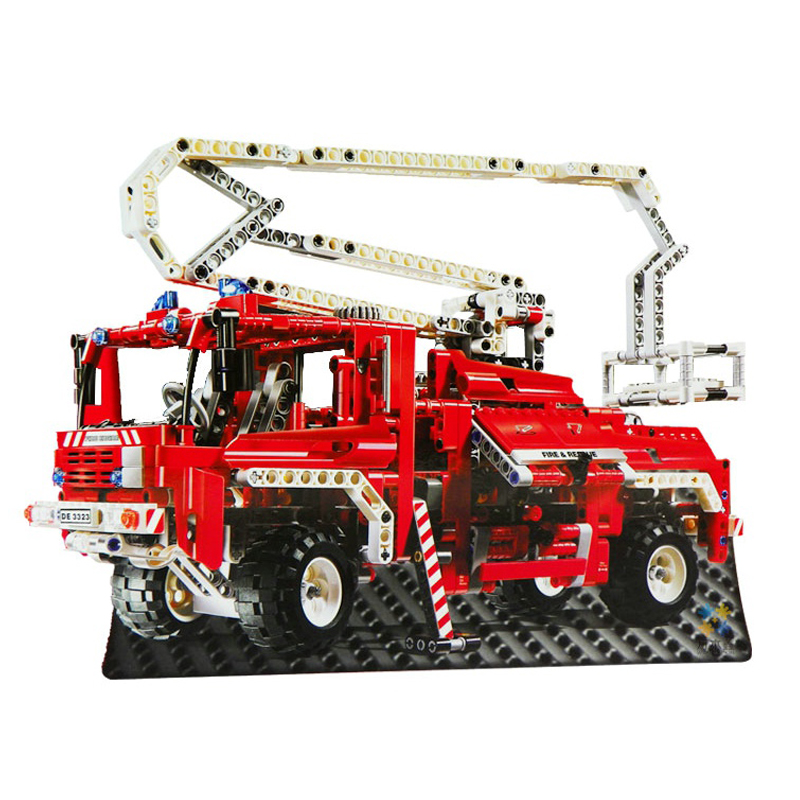 Decool 3323 Fire Truck building bricks blocks Toys for children Game Model Car Gift Lorry Compatible with Lepin Bela8289 lepin 22001 imperial flagship building bricks blocks toys for children boys game model car gift compatible with bela decool10210