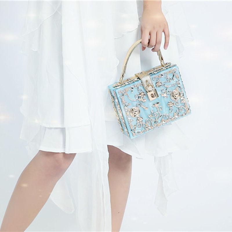Здесь можно купить  Luxury handmade acrylic diamond Shoulder Messenger Bag 2016 Spring Versatile Crossbody Bag WomenVintage Messenger Ladies Handbag  Камера и Сумки