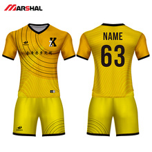 Criar juventude uniformes de futebol kits da equipe de futebol prática  camisa camisa personalizada fabricante c7fd60e4772e5
