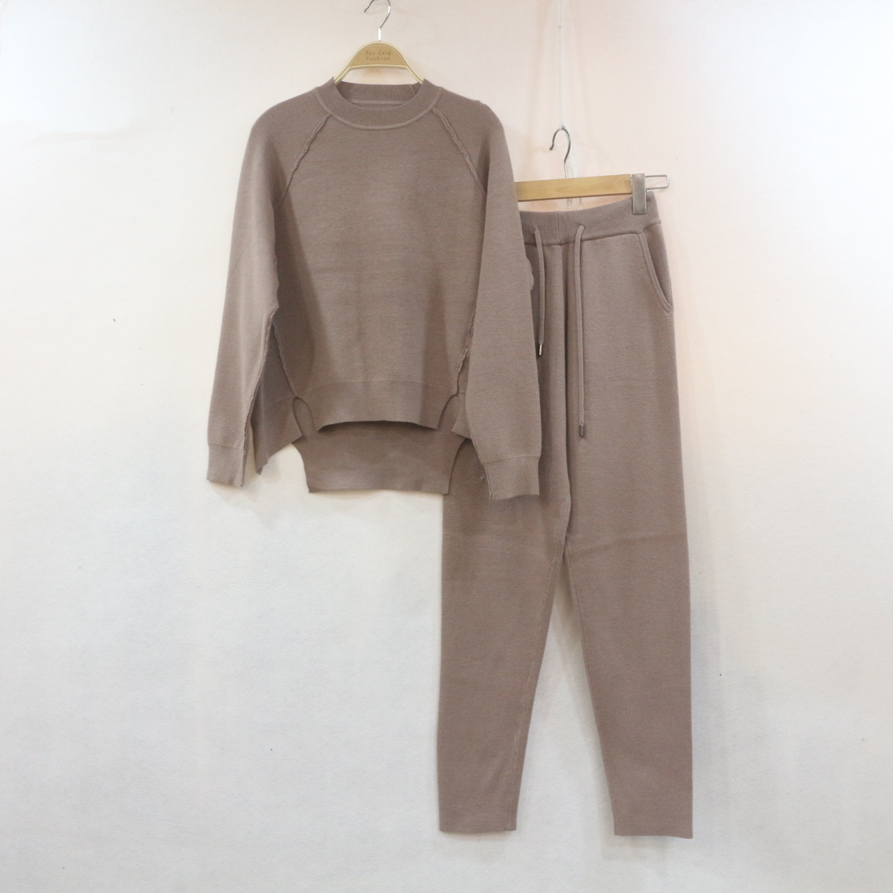 Europe and the United States high-end new cashmere fashion suit irregular sweater pedicure trousers two-piece female