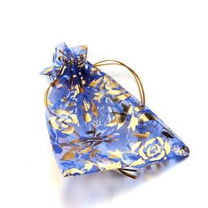 Image 3 - 100Pcs 15x20 ซม.17x23 ซม.20x30 ทองสี Love Heart Rose Organza งานแต่งงาน Candy ของขวัญถุงคริสต์มาสเครื่องประดับตกแต่งบรรจุ