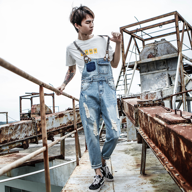2019 New Harajuku Japanese Hole Denim Nine pants Men's tide Korean version of the Locomotive Overalls Bib Size S-XL XXXL