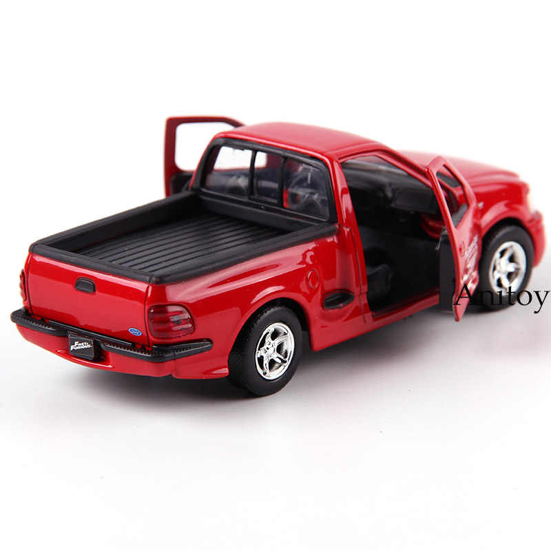 Tuners JDM en métal moulé sous pression JADA modèle rapide furieux Subaru WRX STI F-150 SVT GT-R R35 chargeur RT moulé sous pression portes de voiture de jouet ouvertes