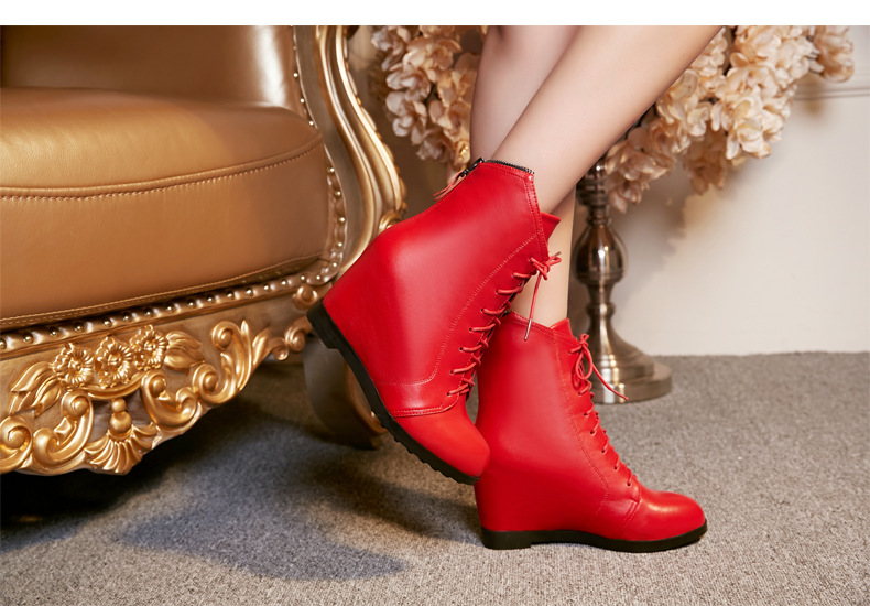 The increase in slope with 2017 new leather shoes zipper lace round Martin boots red female boots in Ankle Boots from Shoes