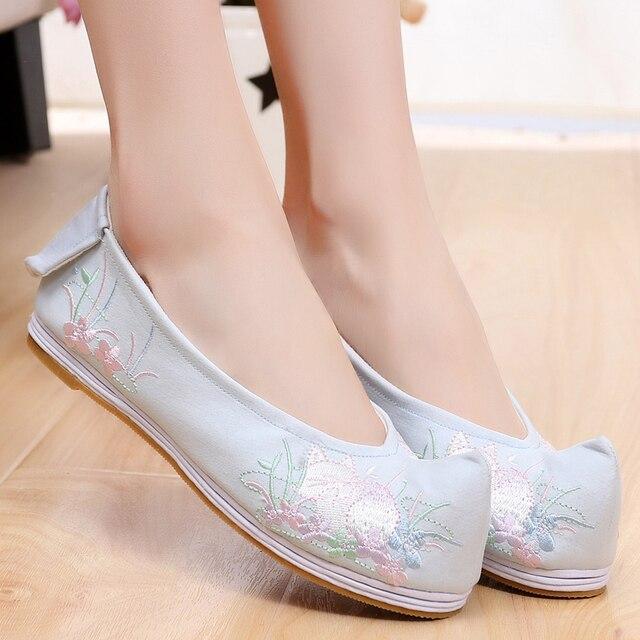 Apartamentos primavera Mulheres Sapatos Chinês Elegante Bordado Deformado-cabeça Sapatos Ballet Flats Algodão Respirável Melaleuca Qian Xun
