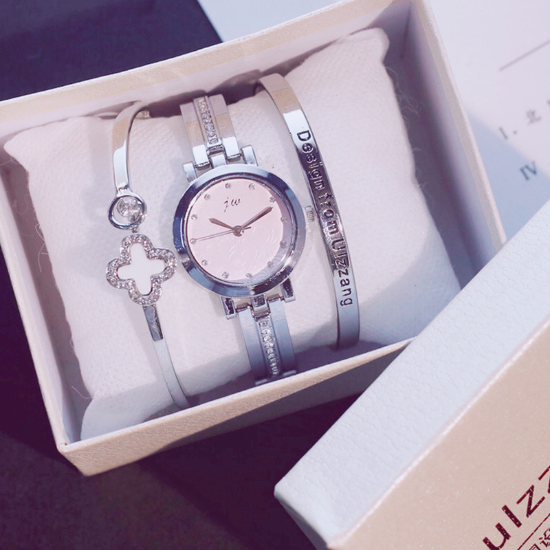 Exquisite Women Luxury Accessories Attached Watch&Two Bangles&Box Slim Small Ladies Wristwatches Bracelets Bangle Female HoursExquisite Women Luxury Accessories Attached Watch&Two Bangles&Box Slim Small Ladies Wristwatches Bracelets Bangle Female Hours