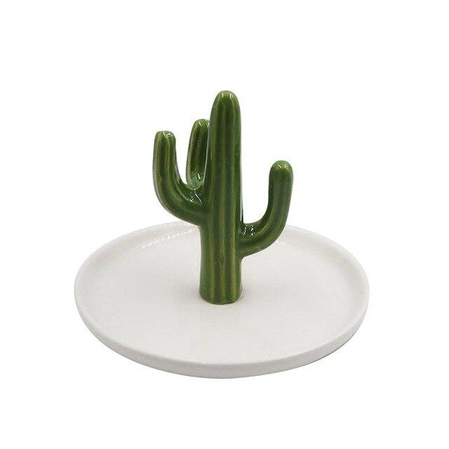 c68dfc4d7bce € 13.4 26% de DESCUENTO SaiDeKe Oro Verde de cerámica Cactus bandejas de  almacenamiento adornos joyas plato regalos para el hogar Decoración de la  ...