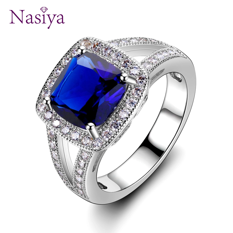 Luxury Created Aquamarine Mystic Topaz Ring For Women 925 Sterling Silver Vintage Fashion Jewelry Engagement Wedding Party GiftLuxury Created Aquamarine Mystic Topaz Ring For Women 925 Sterling Silver Vintage Fashion Jewelry Engagement Wedding Party Gift