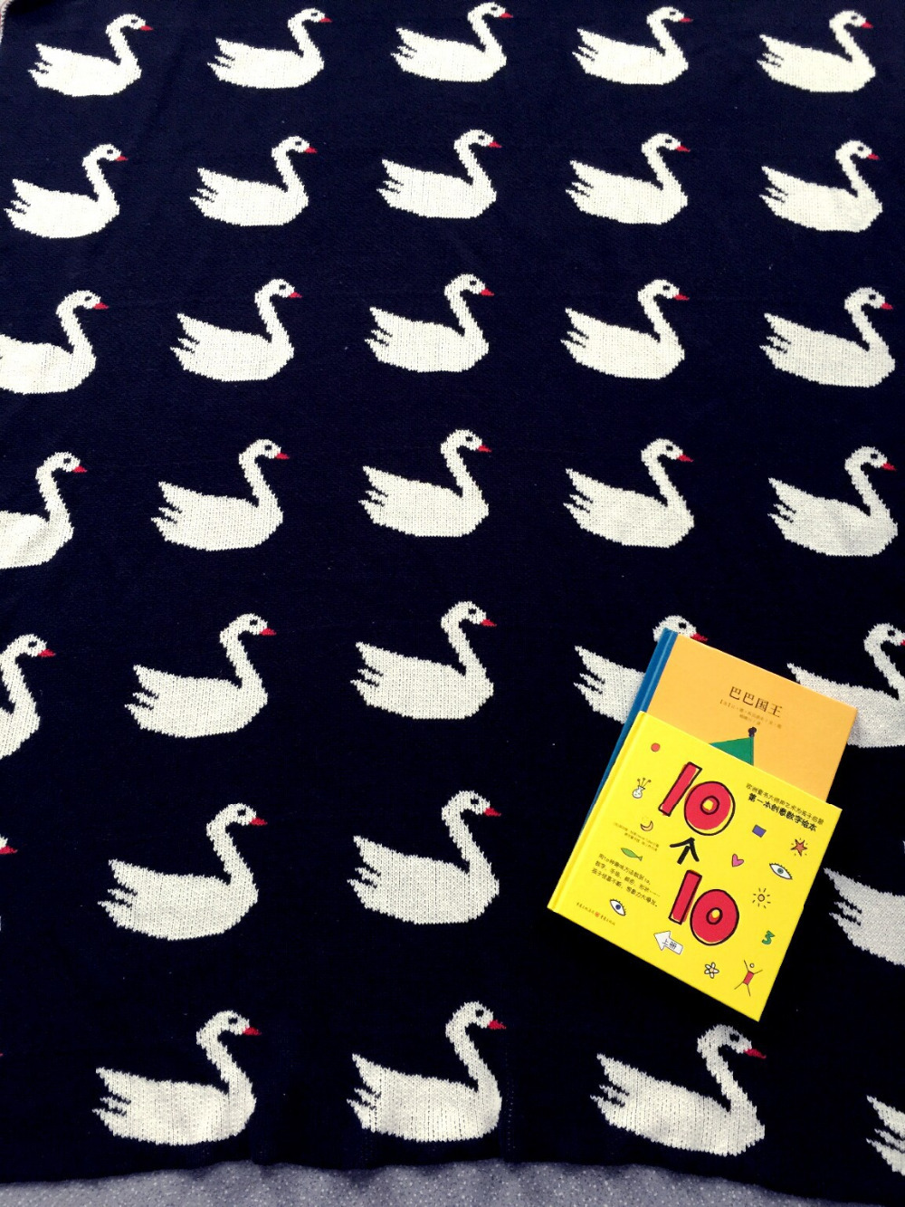 online get cheap black modern crib aliexpresscom  alibaba group -  new ins hot sales brand cotton child baby knitted blanket black whitecross swan cat rabbit cartoon crib bed throw blanket