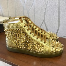 цена Casual Designer Sneakers Free shipping fashion men gold snake python spikes lace up high top Designer sneakers shoes trainers