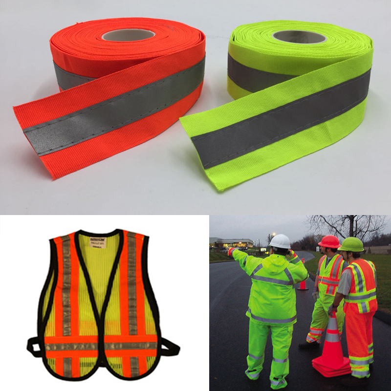 50 mm szélességű fluoreszkáló sárga és fluoreszkáló narancssárga fényvisszaverő szövet varrása biztonságos ruházaton