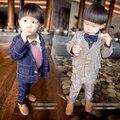 Бесплатная доставка весна детская одежда мужчины ребенок ребенок мальчиков пиджак с длинными рукавами плед брюки, 2 ШТ. набор одежды мальчика