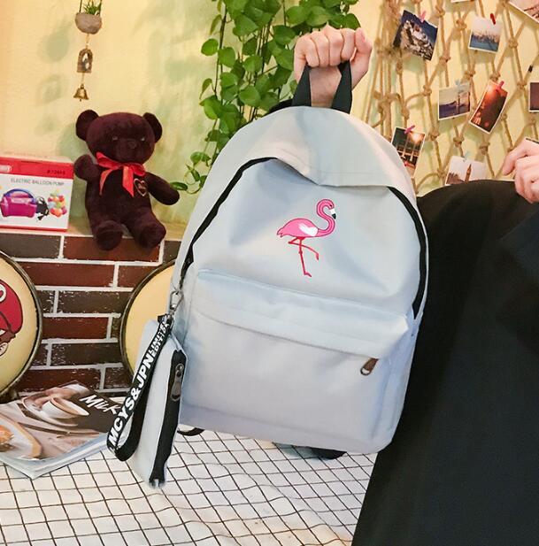 Nieuwe Stijlvolle Nieuwe Flamingo Vrouwen Meisjes Borduren Rugzak Leuke Canvas Rugzak Vrouwelijke Schooltassen voor Tieners-in Rugzakken van Bagage & Tassen op