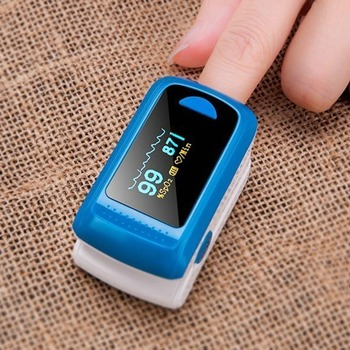 Finger Clip Oximeter Heart Rate Monitor Pulse Oximeters Oxygen Detector Monitoring Home Portable Doctor Care Detecting Sale 1