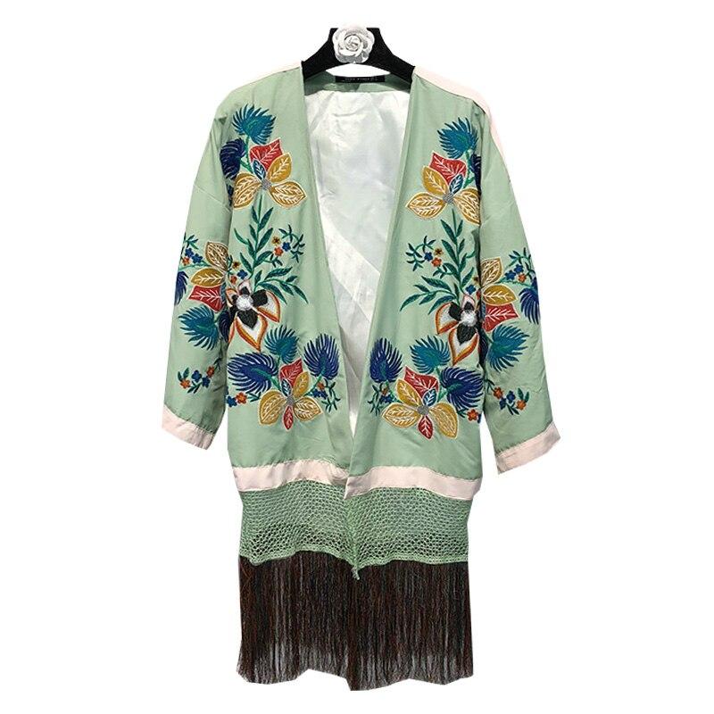 29282f5edb4 Calidad-de-alto-grado-verde-flores-bordado-Kimonos-v-cuello-4-3-mangas -Weave-Hollow-Out.jpg