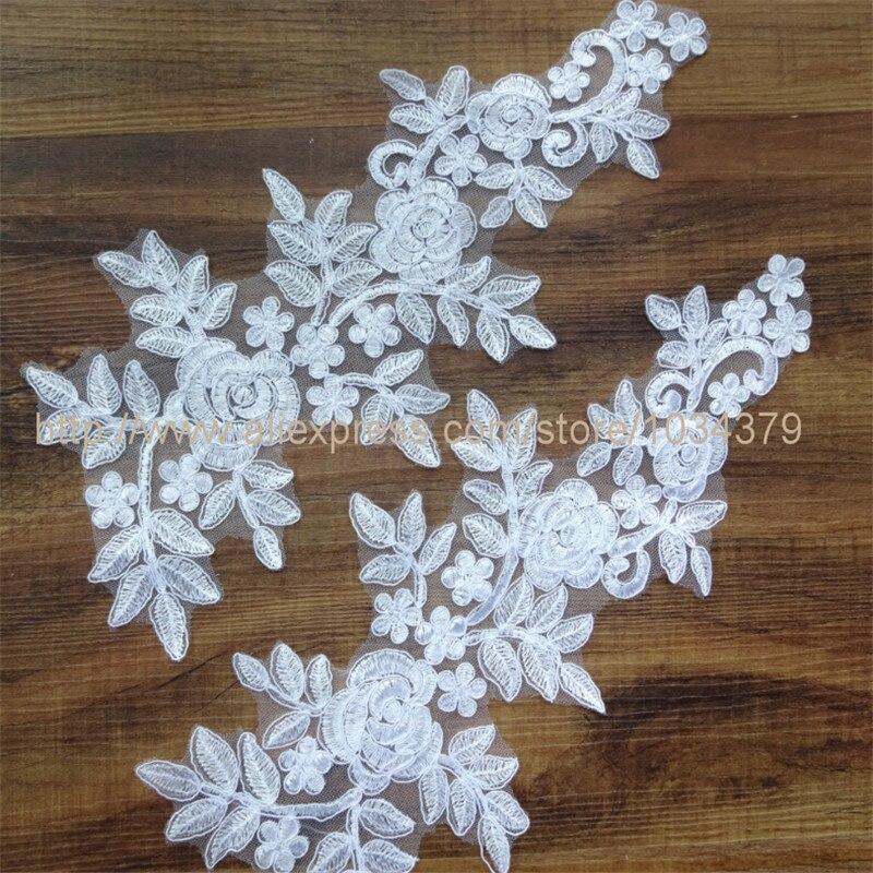 Отделка платья белой тканью