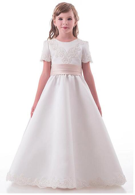 все цены на Glamorous Satin Jewel Neckline Short Sleeves A-line Flower Girl Dresses With Beaded Lace Appliques with Belt Bowknot Any Size онлайн