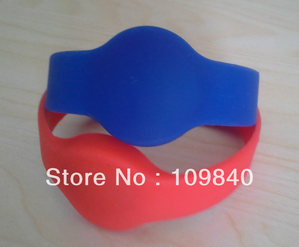 13.56mhz passive waterproof Silicone RFID wristband,70mm RFID Silicone Bracelet,100pcs/lot