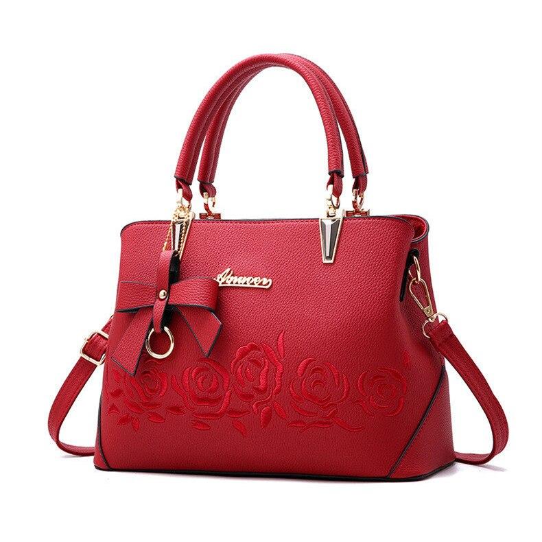 Famous brand shoulder bag female flower Rose Printing handbag for women messenger bags envelope crossbody bag 2018 drop shipping rose print drop shoulder crop pullover