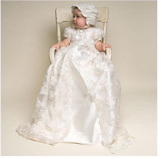 Baby Girl's Christening Dress 2017 Europe Vintage Toddler Long Formal Dresses White Lace Pearls Newborn Birthday Baptism Dresses