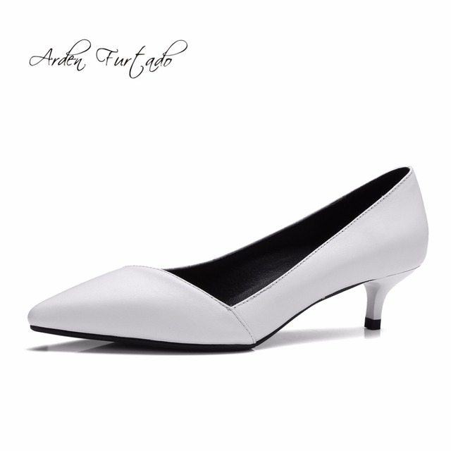 Arden Furtado fashion 2018 genuine leather med-heel white office lady pumps  office lady shoes for woman lowers heels 4cm slip-on c83e81871c1a