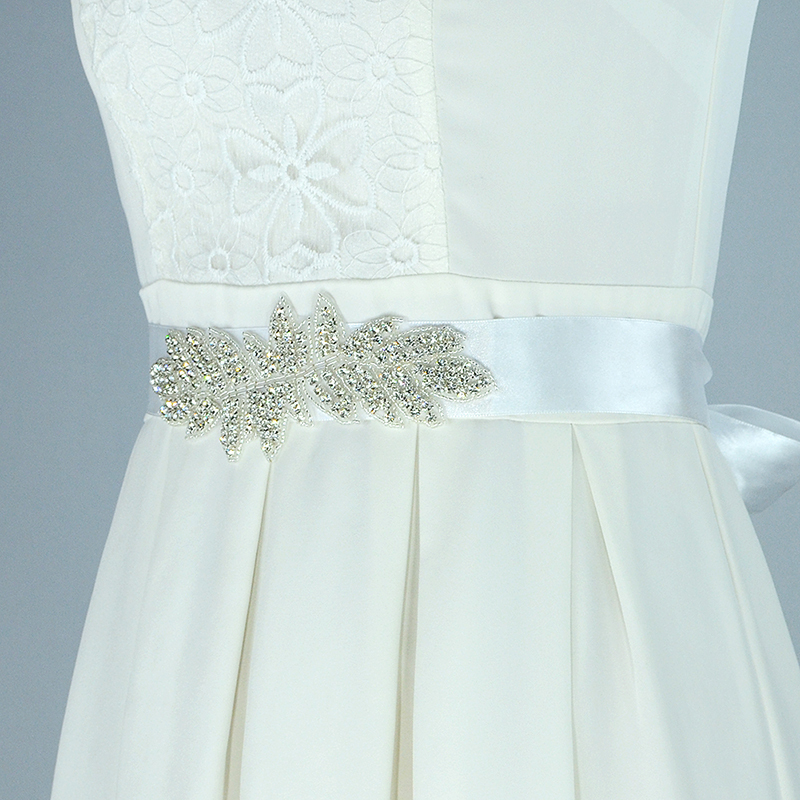 SAINT FORT NIA Wedding Dress Crystal Belt (39)