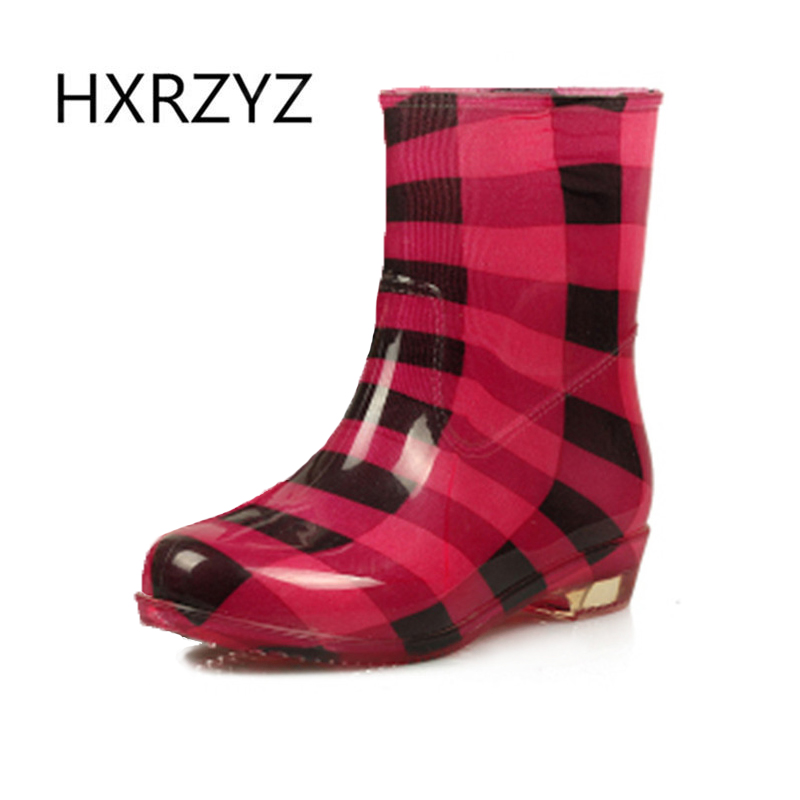 Spring and autumn new fashion Rain boots woman warm rain shoes women ankle boots ladies waterproof Non-slip women rubber boots  water shoes spring and autumn woman warm rain shoes and ankle rain boots lady waterproof fashion rubber boots