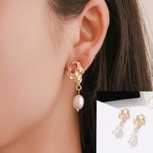 New Fashion European and American Wind Irregular Geometry Pearl Pendant Gold Fold Earrings Wholesale