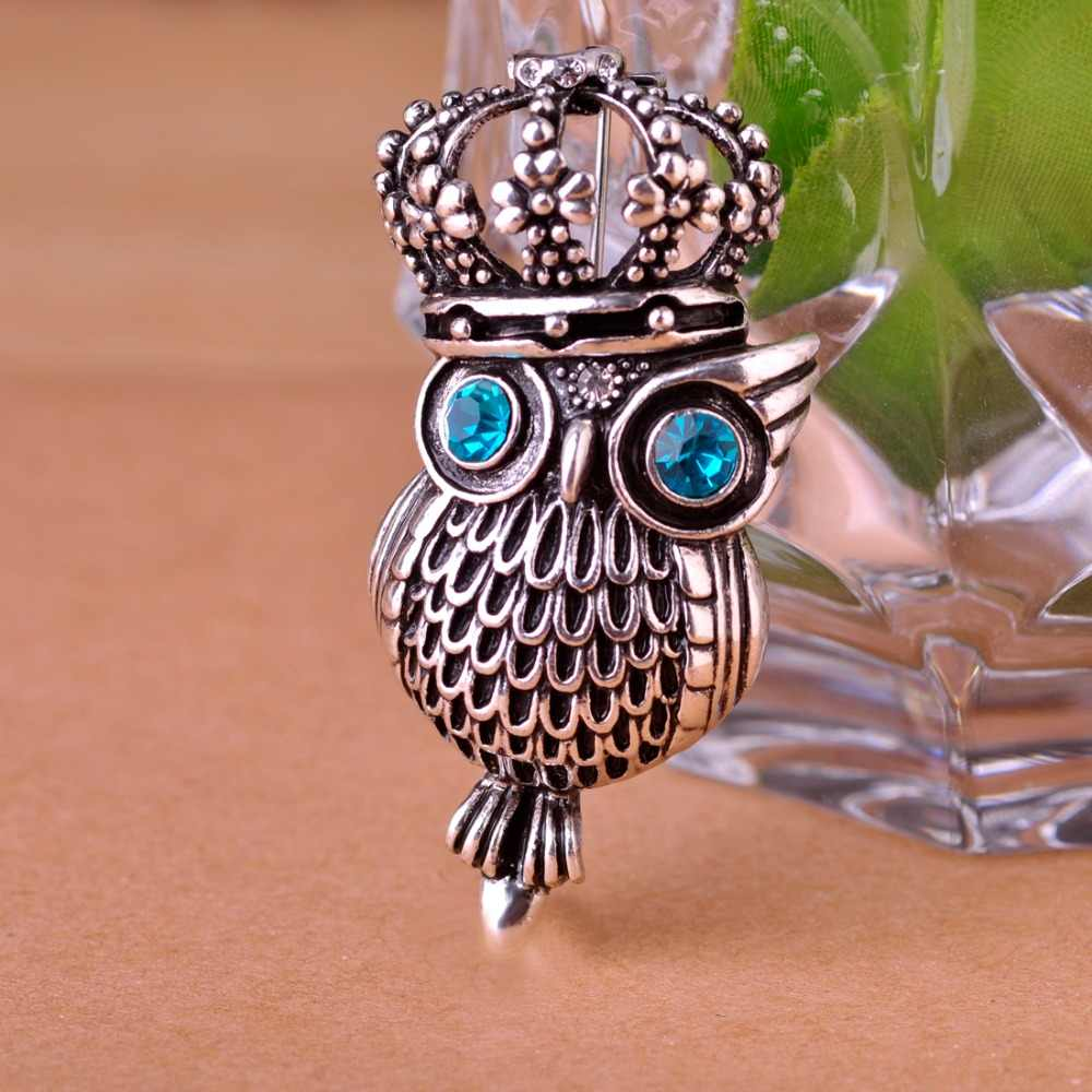 FUNMOR Vintage Big Eyes Owl King Brooch Pins Green Crystal Crown Bird  Brooches For Women Coat 40b65512fdb7