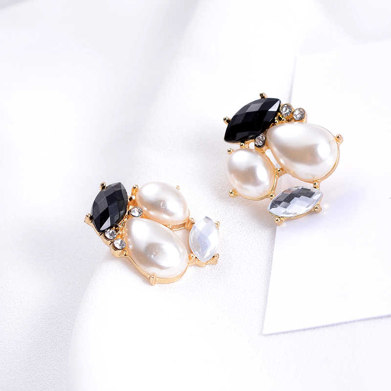 Suki Kecil Cute Abstrak Lebah Air Drop Simulasi Mutiara Anting-Anting Klip Tanpa Menusuk untuk Perempuan Wanita Gadis Anting-Anting perhiasan