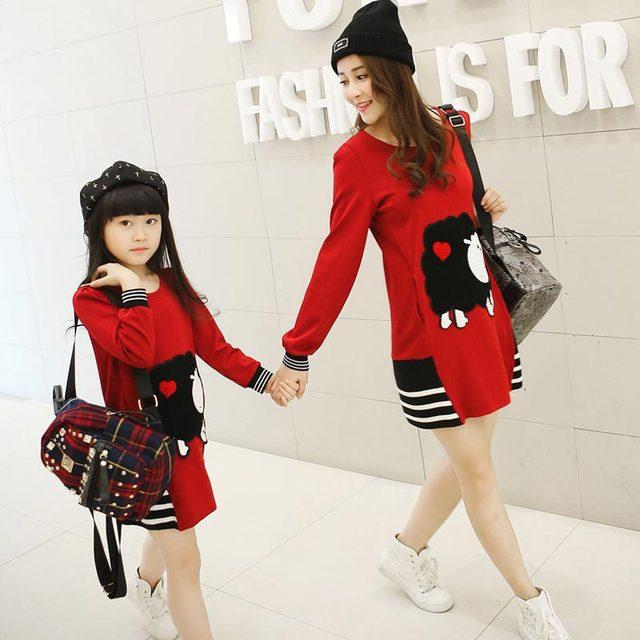 Новое семейство соответствующие наряды мать и дочь с длинными рукавами хлопок девушки платье весна осень семья одежда