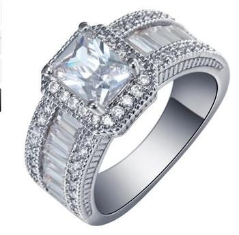 Women's Luxury Large Engagement Ring Jewelry Rings Women Jewelry Ring Size: 10 Main Stone Color: White