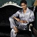 Conjuntos de Homens de Pijama nova Chegada Turn-down Collar Sleepwear Emulação De Seda Macia Luva Cheia de Noite Vestir Pijamas Botão 7206
