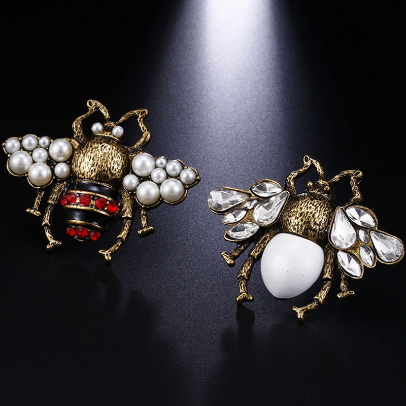 1 Stück Vintage Simulierte Perle Rot Weiß Bee Pin Brosche Antike Pin Frauen Brosche Pin Kostüm Schmuck Drop Shipping Weihnachten