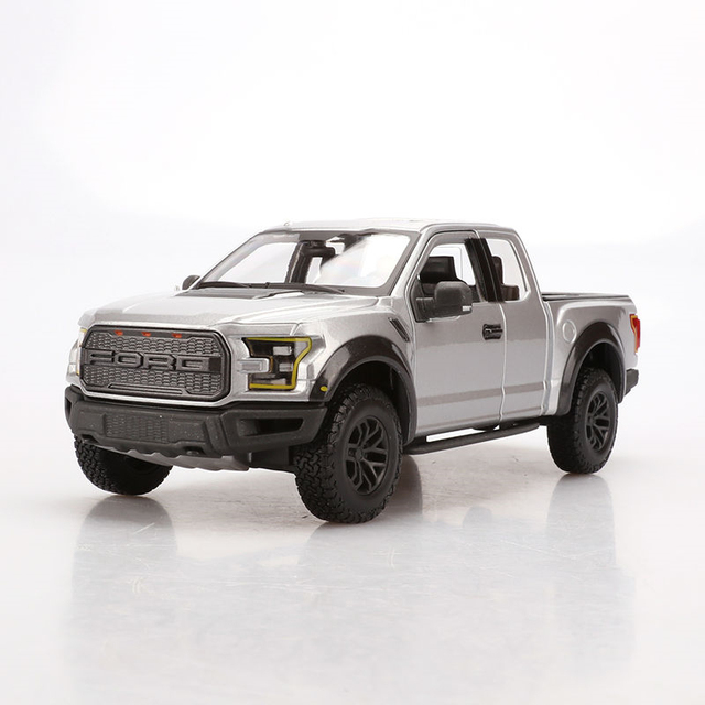 Maisto 1:24 Scale Metal Diecast Silver 2017 Ford F 150 pickup Car Model Toy