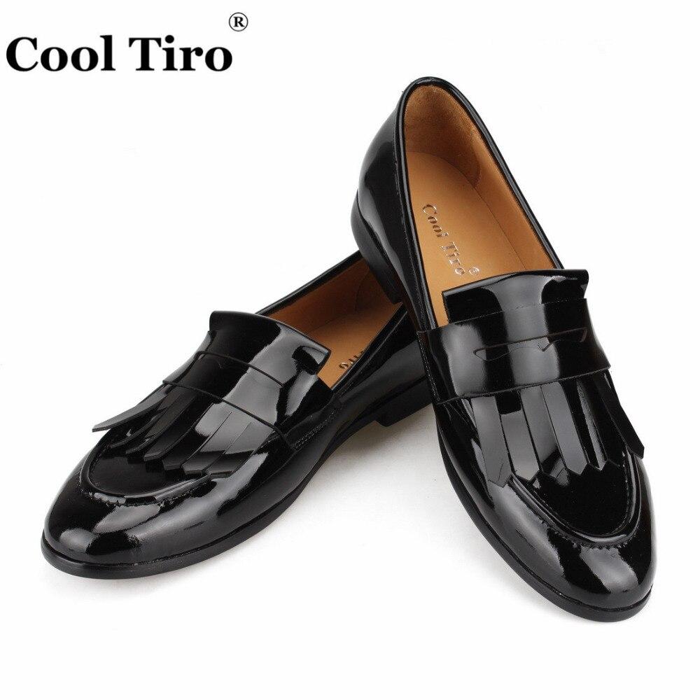 クール Tiro 房ローファー男性モカシンスリッパタッセル男性のウェディングドレス靴黒のパテントレザーカジュアルシューズフォーマルなフラット  グループ上の 靴 からの 正式な靴 の中 1