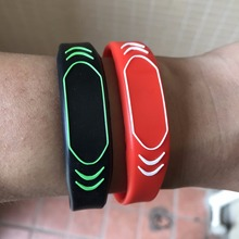 13.56MHZ MIFARE Classic 4K Wristbands Silicone RFID Bracelet Adjustable New