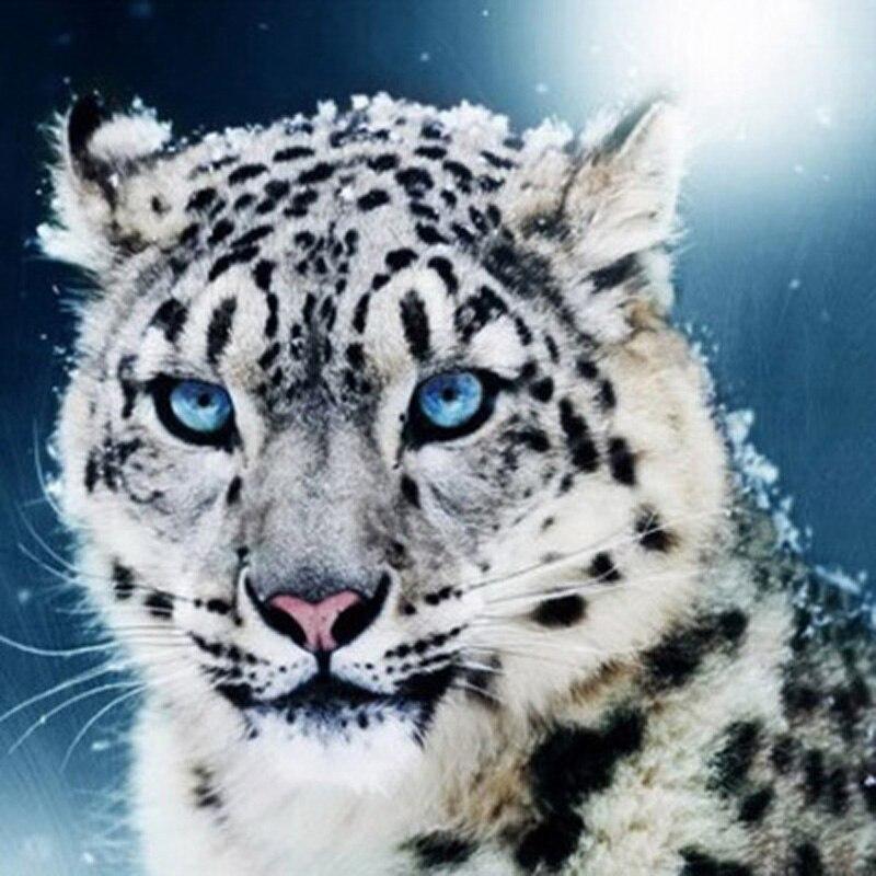 Buy White Snow Leopard Diamond Painting