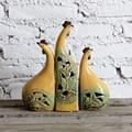 Поставка керамические украшения животных желтый гостиной наборы из трех украшений украшения керамики петух