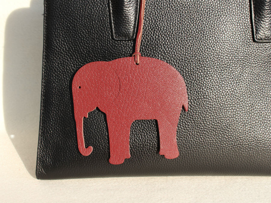 Handmade Real Genuine Leather Lucky Elephant Keychain Animal Key Chain Key Ring Women Bag Charm Pendant Accessories For Friends все цены