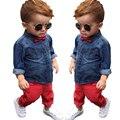 2016 Bebés del Otoño Ropa Casual Set Bebés y Niños Botón Rojo arco Ropa de Bebé Denim Jacket + Pant Suit Set de 2 Unidades