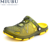 MIUBU Summer Fashion Hollow out Breathable Beach Shoes Man Sandals Jelly Casual Flat Male Leisure Sandals Hole Shoes Flip Flops недорого