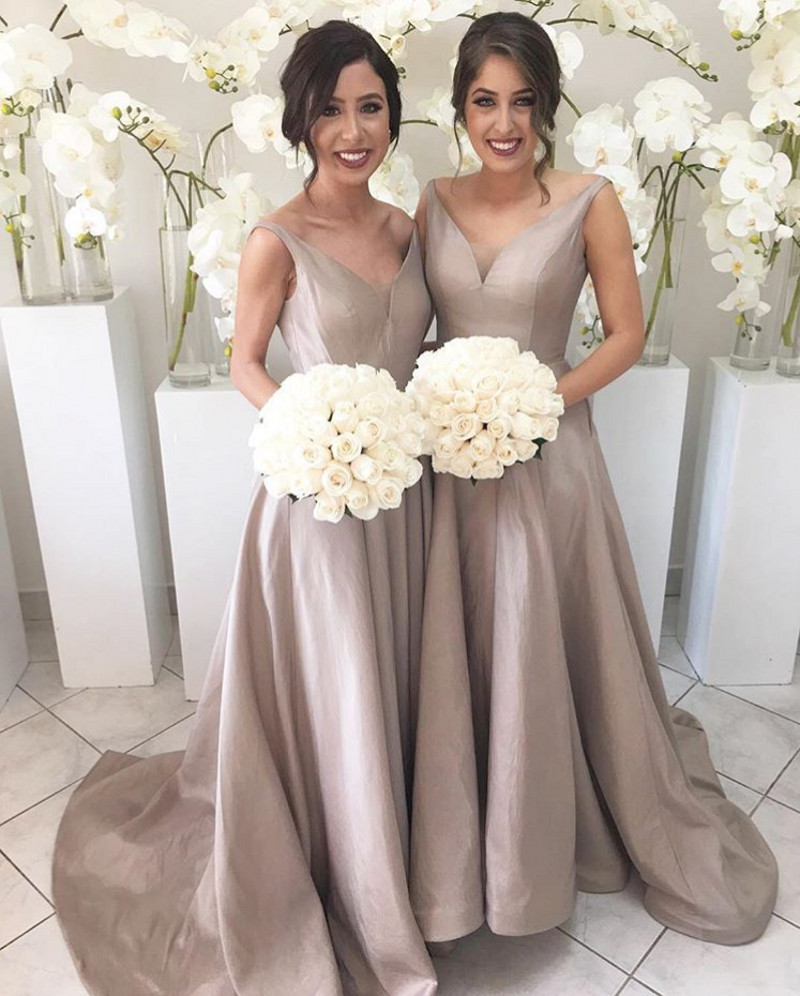 2017 V Neck A Line Bridesmaid Gowns Peach Champagne Silver C Burgundy Pink Gold Satin Dresses Fast Shipping In From