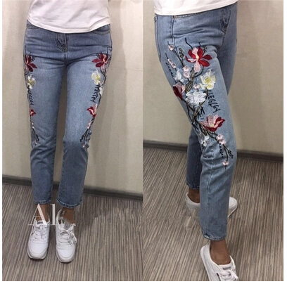 Jeans Woman Limited New Arrival Cotton Medium Zipper Fly Mid Stripe Regular 2017 Selling Women Jeans Embroidery Nine Straight