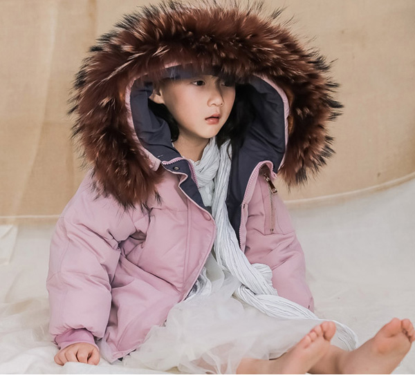 Children's clothes down jacket boys and girls warm winter thick down jacket natural raccoon fur collar 2-12 years old children autumn and winter warm clothes boys and girls thick cashmere sweaters