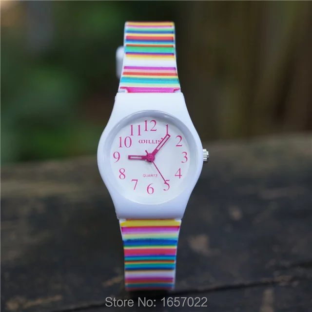 Hot Selling New Children Candy Color Stripe Strap Wristwatches Kids Fashion Waterproof Gift Slim Watches